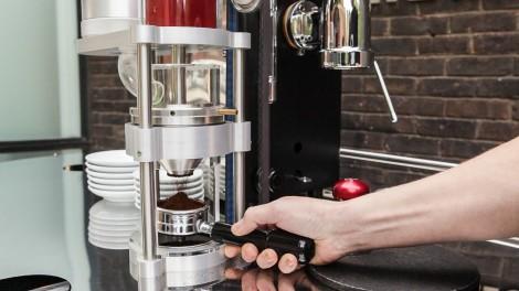 Velopresso_grinding-beans_ByIvanColeman_Sept2012_SG-5893-1-470x264